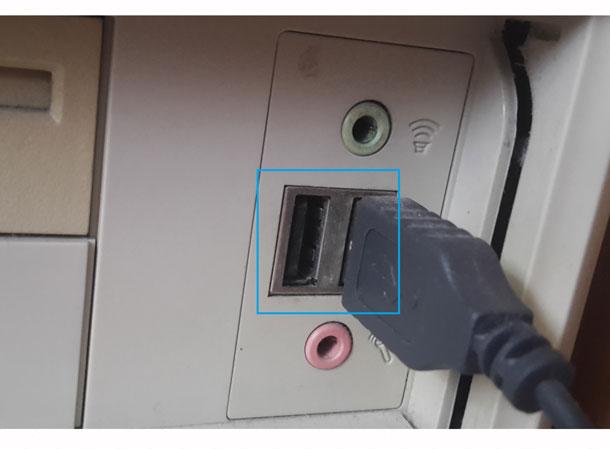podklyuchaem-kameru-v-USB
