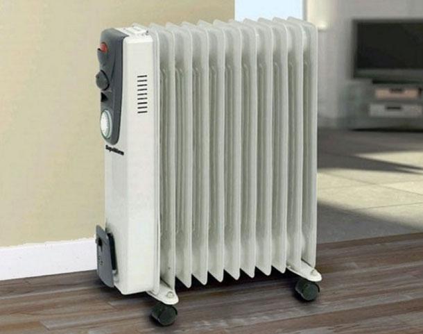 radiator-v-koridore