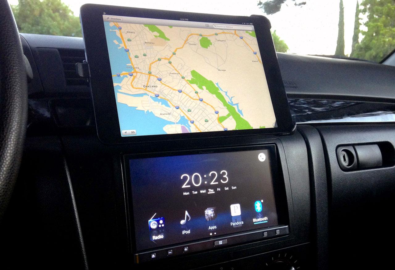 планшет в авто