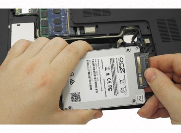 HDD диск в ноутбуке лучше по своему