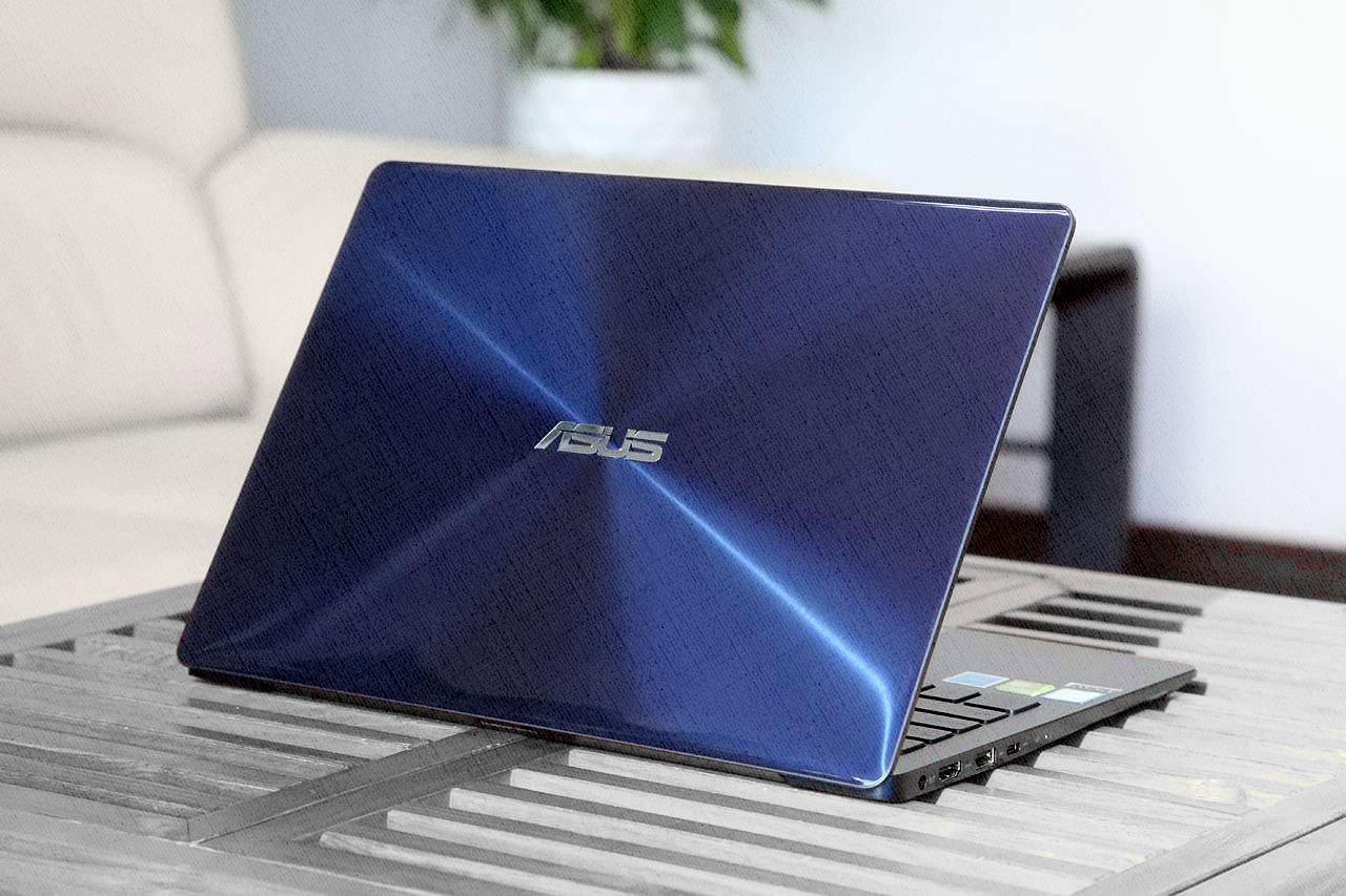 ASUS Zenbook UX331UN-EG080T