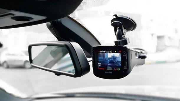 видеорегистратор с радар детектором в машине