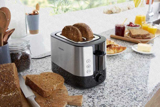 тостер на кухне