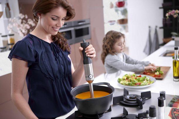 блендер на кухне очень помогает