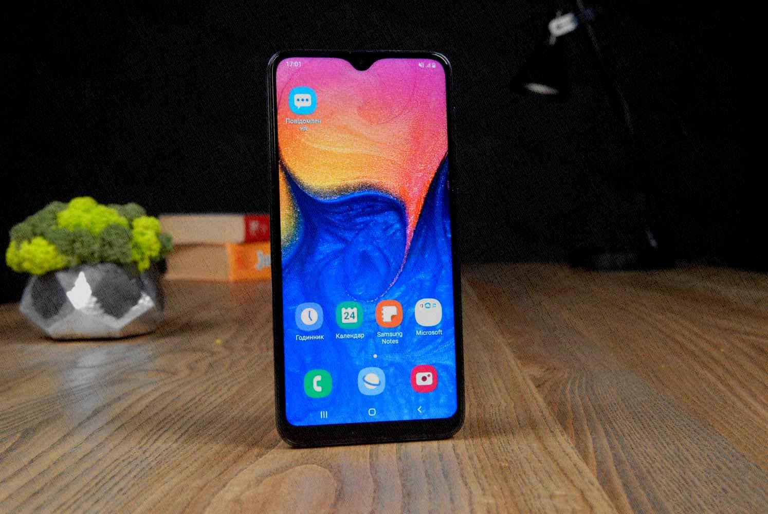 Samsung Galaxy A10 и какой лучше выбирать вам