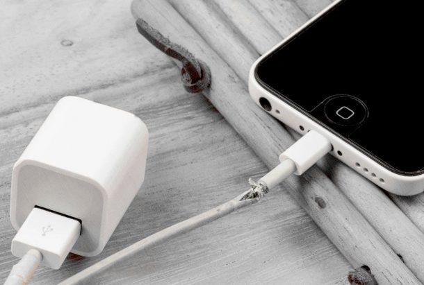 плохой кабель для заряда iphone, который его угробит