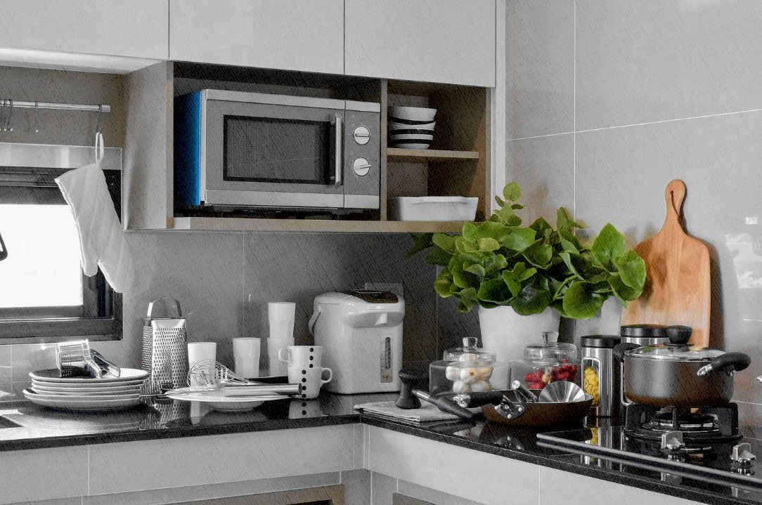 отдельностоящая свч идеально подходит под такие кухни