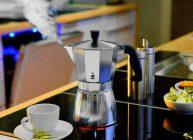 гейзерная кофеварка спасает любителей кофе