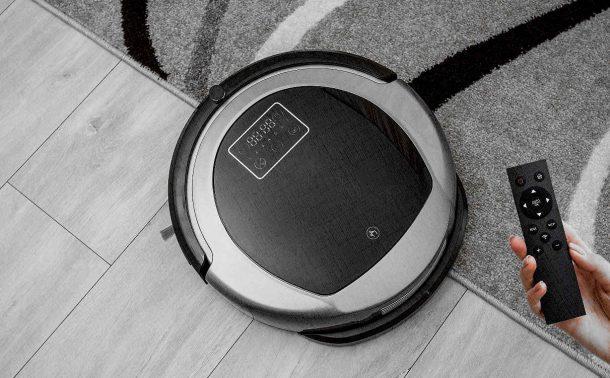 обычный недорогой пылесос робот с пультом