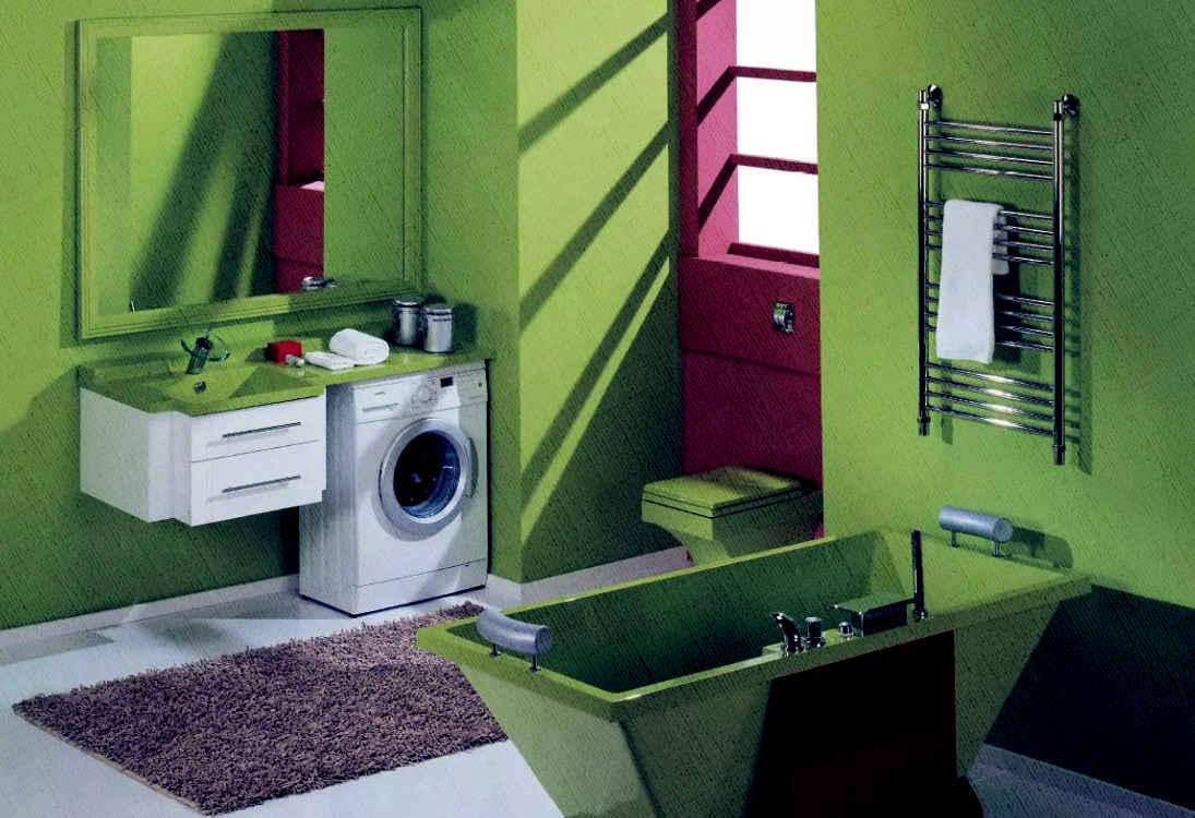 стиральная машина встроена в ванной в умывальник