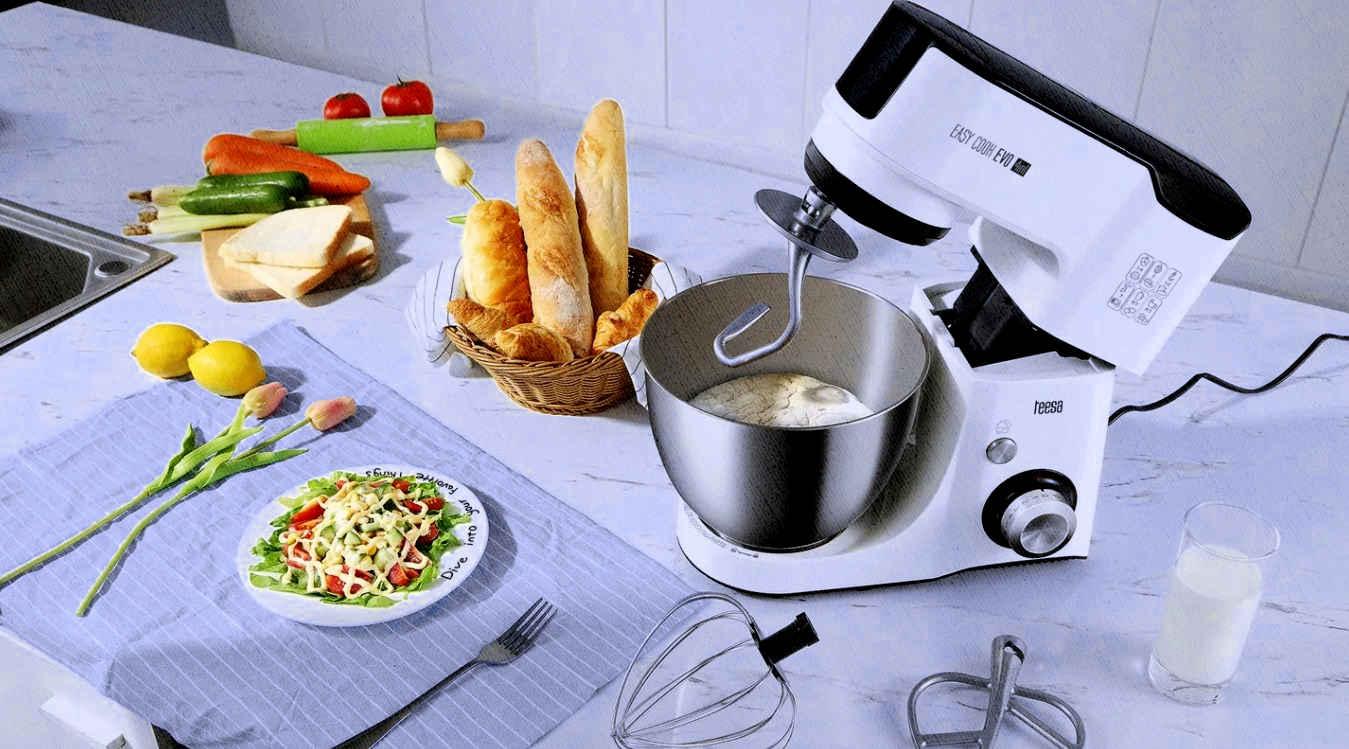 кухонный комбайн подобие миксерам и блендерам одновременно