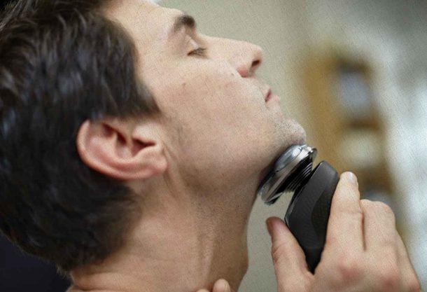 бритва лучшая среди качественных которая бреет сейчас парня