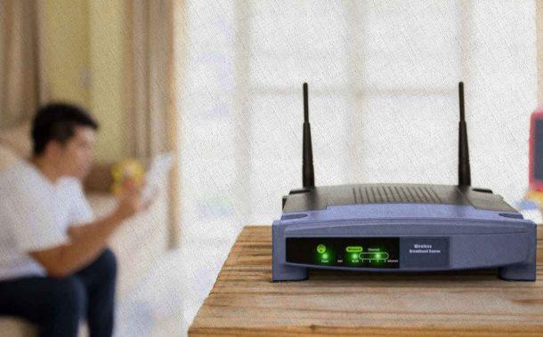 Роутер, который вещает лучший сигнал на 4 устройства с постоянной скоростью, модель из рейтинга Ростислава