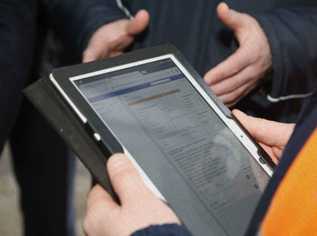 деловой планшет нужен для работы купленный из рейтинга лучших Ростислава в 2021 году