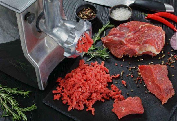 мясорубка может молоть не толькор мясо особенно если вы ее купили из рейтинга Ростислава в 2021 году
